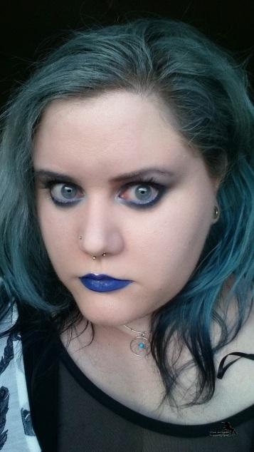 blaues_makeup