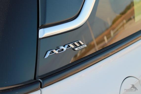 Opel_adam_rocks_schrift